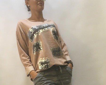 Bluzka różowa w srebrne napisy