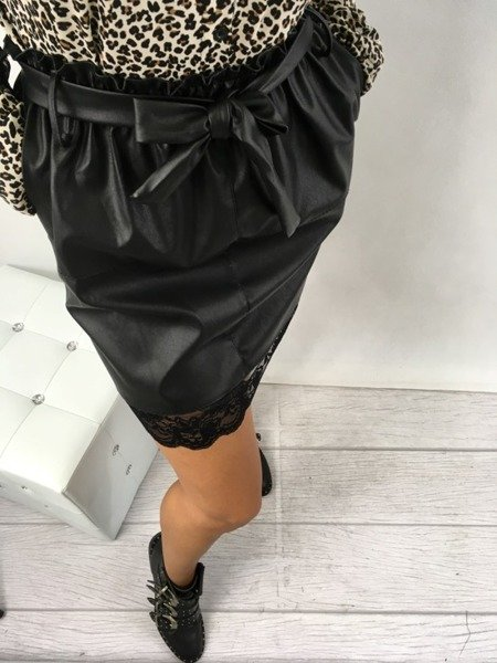 Spódnica czarna skórzana z koronką
