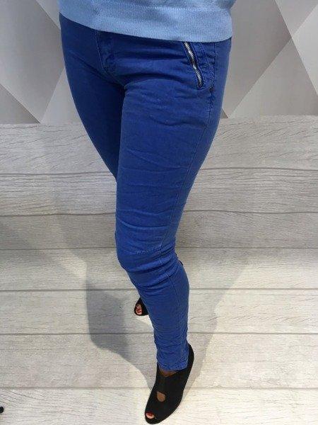 Spodnie chabrowe rurki M.