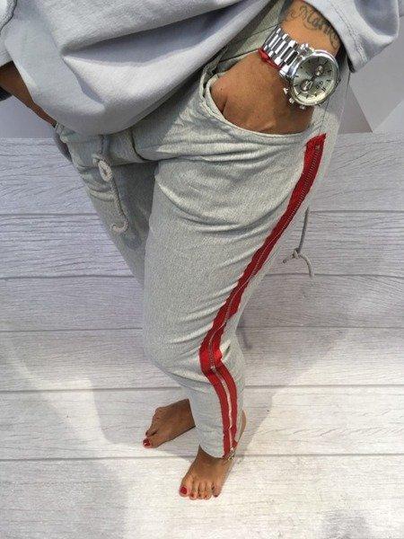Spodnie z czerwonym lampasem S