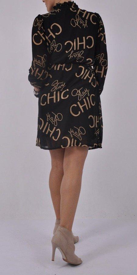 Sukienka czarna z napisem chic