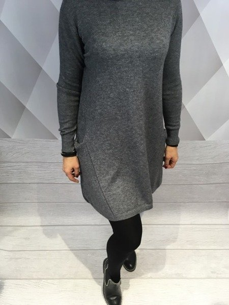 Sukienka szara dzianinowa