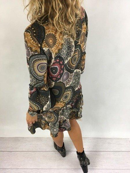 Sukienka wzór wiązana z miodowym