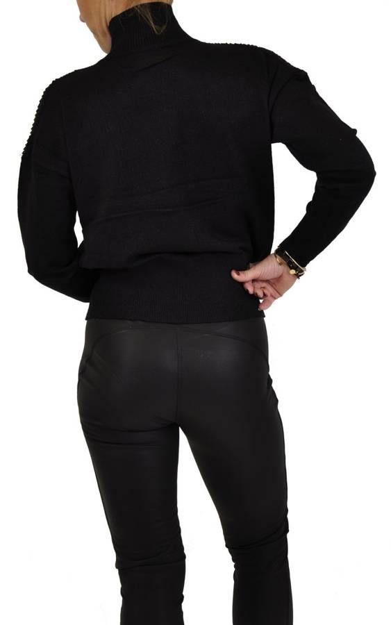 Sweter czarny golf ze srebrną poświatą S/M
