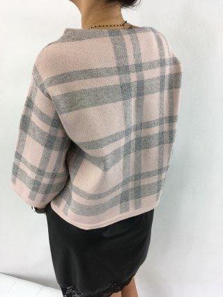 Sweter różowy w szarą kratę