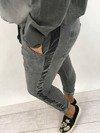 Spodnie z lamówką